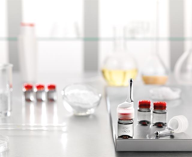 1-vichy-dercos-aminexil-clinical-5-zenske-tretma-proti-izpadanju-las-ampule-za-lase-ampule-proti-izpadanju-las