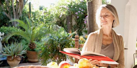 Menopavza: Kakšne prehrane bi se bilo treba držati po 50. letu?