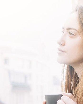Ali ste se kdaj vprašali, kaj povzroča suho kožo brez sijaja? Morda onesnaževanje?