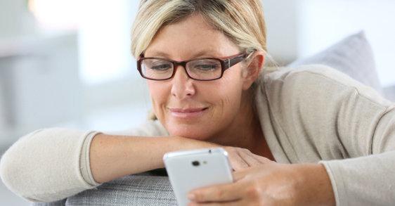 Pogovor z ginekologinjo: Koliko ženske v Sloveniji vedo o menopavzi?