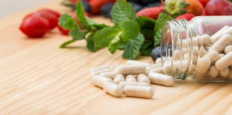 Katera prehranska dopolnila bi morali jemati v menopavzi?