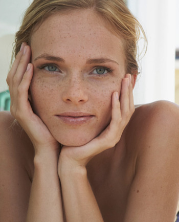 Kaj je občutljiva koža in kako skrbeti za njeno vlaženje?