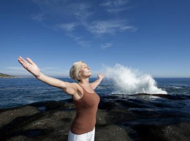Zgodnja menopavza: kaj pričakovati in kako se dobro počutiti