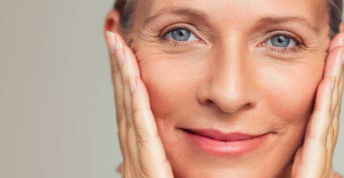 Menopavza: kateri so najpogostejši simptomi, ki kažejo na kožne spremembe?
