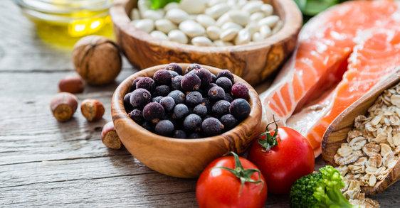 Pogovor z nutricionistko: Ključni nasveti za pravilno prehrano v menopavzi